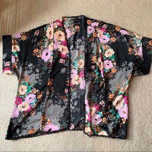 Torrid Size 2 Floral Kimono